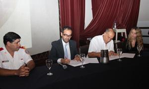 El Consejo Nacional de Bomberos firmó un convenio con la Universidad Siglo 21