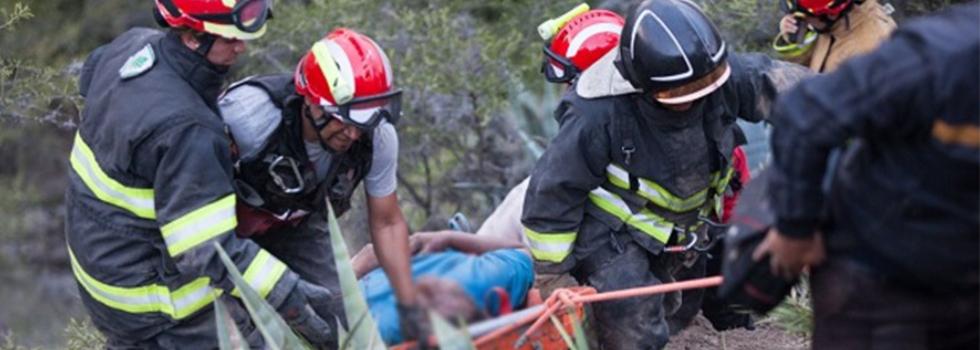 Instructor del Departamento de Rescate con Cuerdas se capacitará en Ecuador