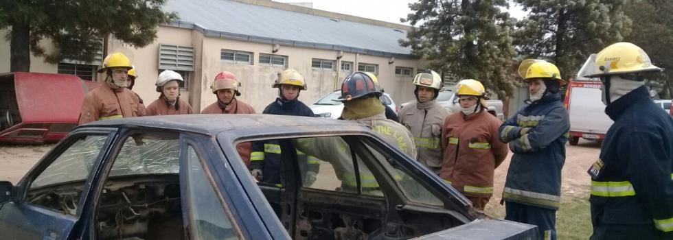 Los bomberos de Chaco se capacitaron en rescate vehicular liviano
