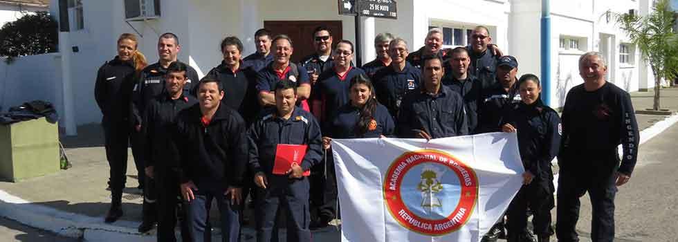 Los bomberos voluntarios de Corrientes recibieron una capacitación a cargo del Departamento Seguridad del Bombero