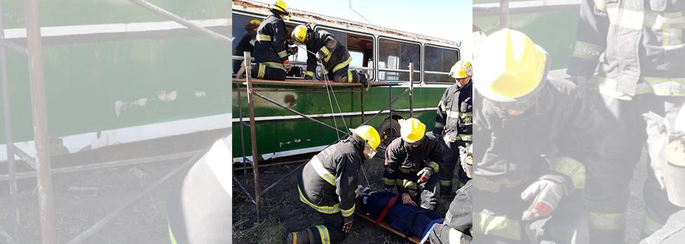 Capacitación del Departamento de Rescate Vehicular en La Pampa