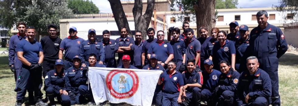 Los bomberos voluntarios de Catamarca se capacitaron en Rescate con Cuerdas