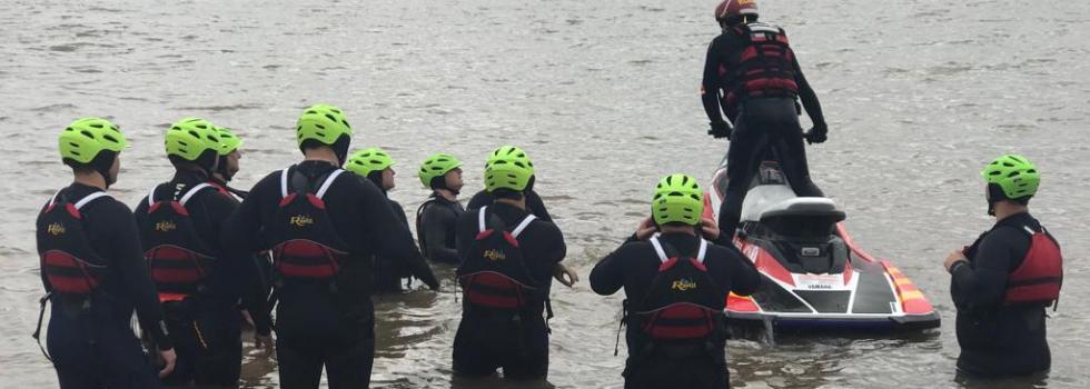 Departamento de Rescate Acuático: capacitación y entrenamiento para intervenciones en entornos con agua